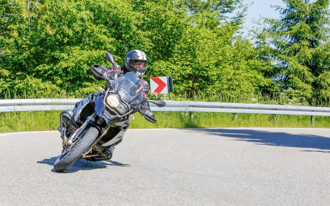 Deutschlands Motorradfahrende gehen auf Nummer sicher