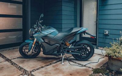 ZERO Motorcycles mit 11-kW-Fahrschulprogramm